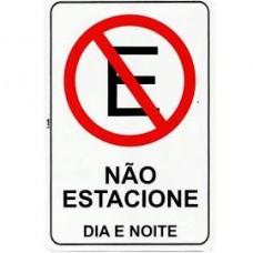 14767 - PLACA NÃO ESTACIONE DIA E NOITE 20 X 30 2288